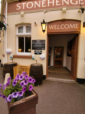 The Stonehenge Inn and Carvery - Laterooms