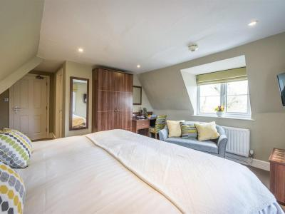 The Cliffe at Dinham - Laterooms