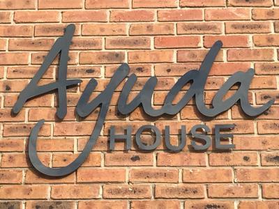Ayuda House - Laterooms