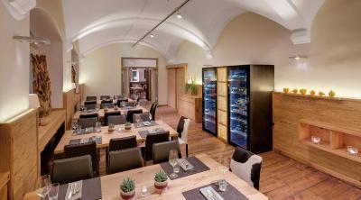 Alpen Hotel München - Laterooms