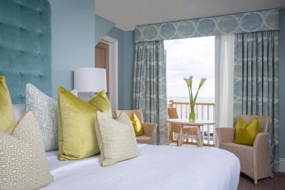 Roslin Beach Hotel - Laterooms