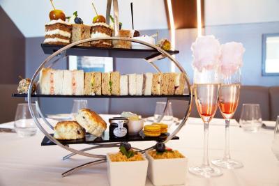 DoubleTree by Hilton Hotel Milton Keynes - Laterooms