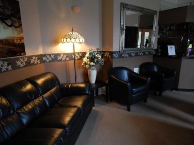 Somerton Lodge Hotel - Laterooms