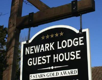 Newark Lodge Guest House - Laterooms