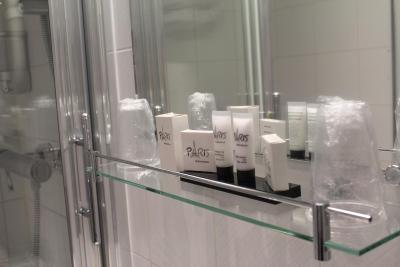 Hotel Avia Saphir Montparnasse - Laterooms