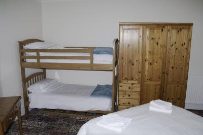 Fourways Guest House - Laterooms