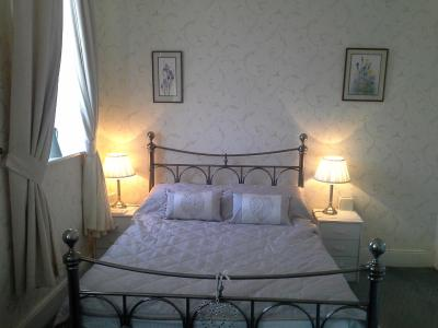 Greenbank Guest House - Laterooms