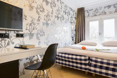 Amsterdam Canal Hotel - Laterooms