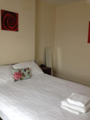 Guesthouse at Shepshed Ltd - Laterooms