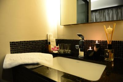 Parc Sovereign Hotel - Tyrwhitt - Laterooms