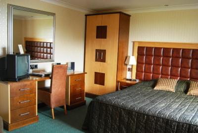 Jersey Farm Hotel - Laterooms