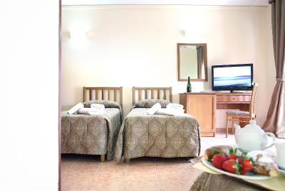 Pausania Inn - Laterooms