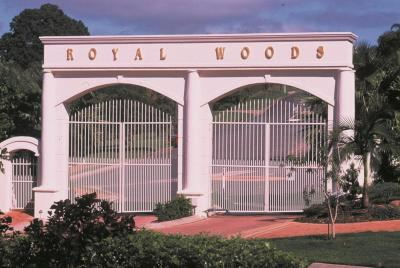 Royal Woods Resort - Laterooms