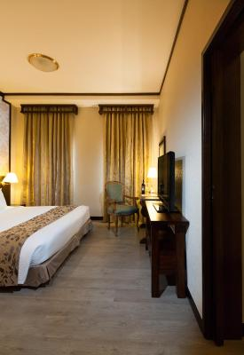 Village Hotel Albert Court by Far East Hospitality (Previously Albert Court Village Hotel) - Laterooms