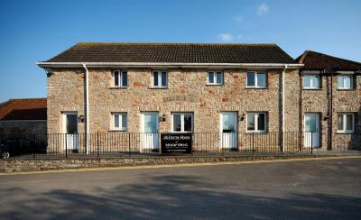 Mendip Spring Golf & Country Club - Laterooms