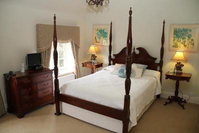 Dunsley Hall Hotel - Laterooms