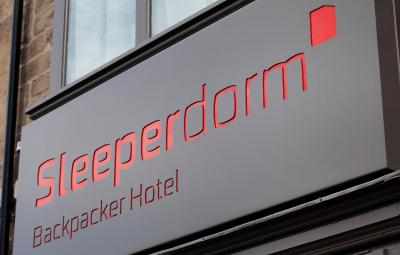 Sleeperdorm - Laterooms