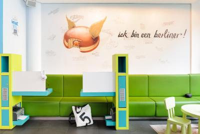 ibis Styles Hotel Berlin Mitte - Laterooms