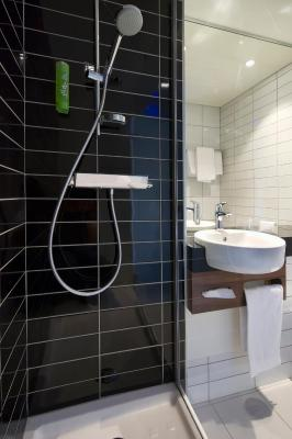 Holiday Inn Express LILLE CENTRE - Laterooms