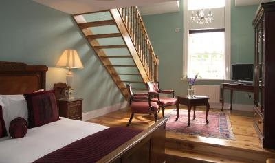 Viewmount House - Laterooms
