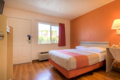 Motel 6 Las Vegas - Boulder Highway - Laterooms