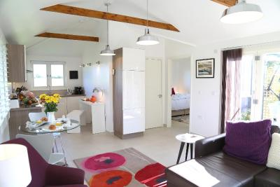 Spire Cottage - Laterooms