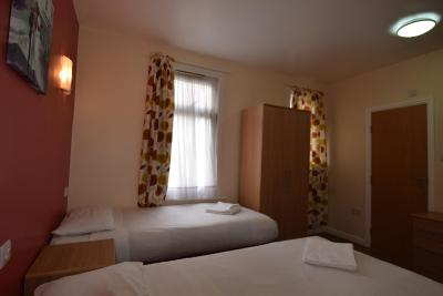 Cranbrook Hotel - Laterooms