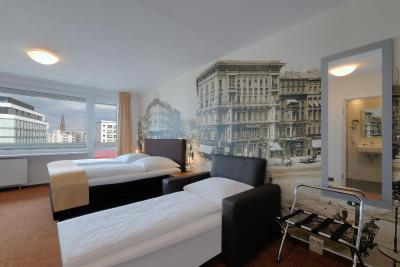 Mercure Hotel Berlin am Alexanderplatz - Laterooms