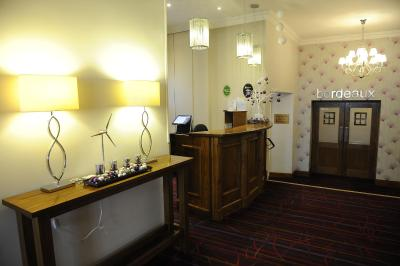 The Valley Hotel - Laterooms
