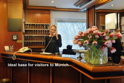 Ambassador Parkhotel - Laterooms
