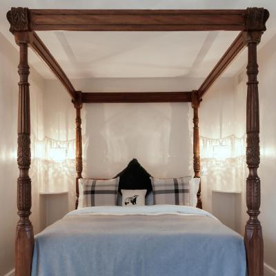 Hurtwood Inn Hotel - Laterooms