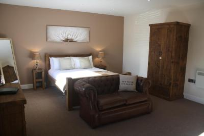 The Woodman Inn - Laterooms