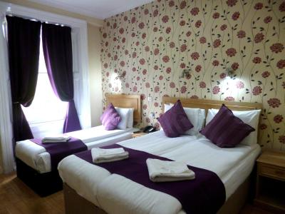 Cardiff Hotel - Laterooms