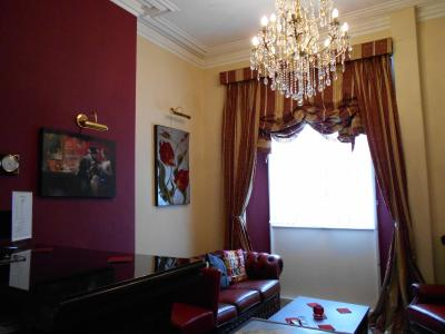 Cranborne Guest Accommodation - Laterooms