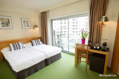 Hotel Zaragoza Plaza - Laterooms