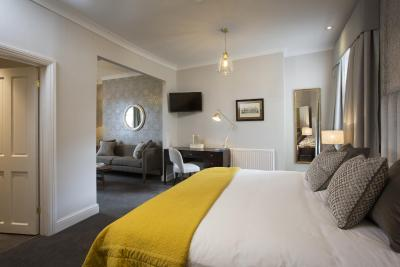 Royal Wells Hotel - Laterooms