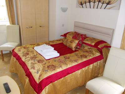 Landing Cottage Guest House - Laterooms
