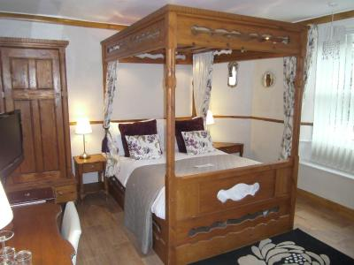 Virginia Cottage Guest House - Laterooms