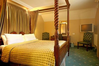 The Royal Toby Hotel - Laterooms