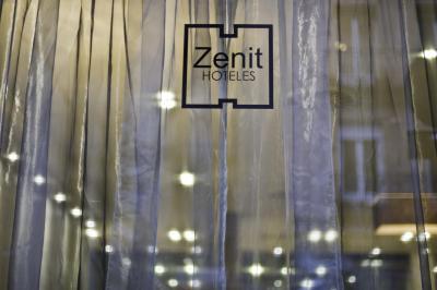 Zenit Abeba - Laterooms