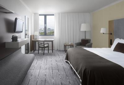 Radisson Blu Waterfront Hotel, Jersey - Laterooms