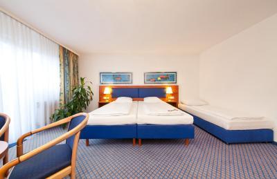 Novum Hotel Boulevard Stuttgart City - Laterooms