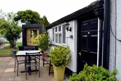 Ely Guest House - Laterooms