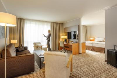Mercure Hotel Düsseldorf Kaarst - Laterooms