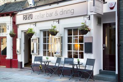 18/20 Cellar Bar, Dining & Rooms - Laterooms