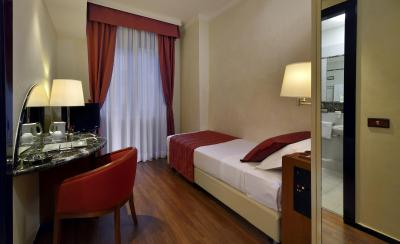 Best Western Hotel City - Laterooms