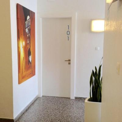 Hostal Residencia Roberto Playa - Laterooms
