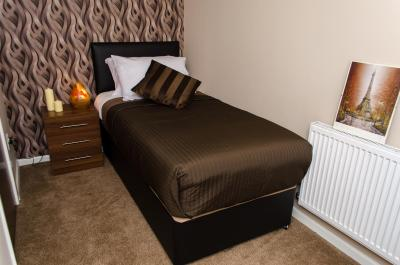 Trivelles Hotels - Manchester - Eccles New Road - Laterooms