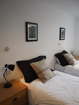 City Guest House - Laterooms