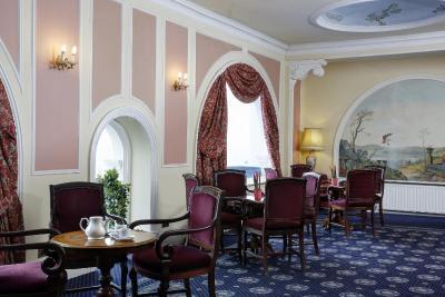 Royal Victoria Hotel - Laterooms